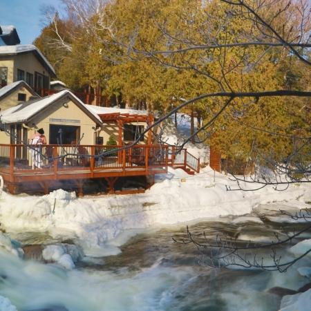 Sauna au bord de la rivière
